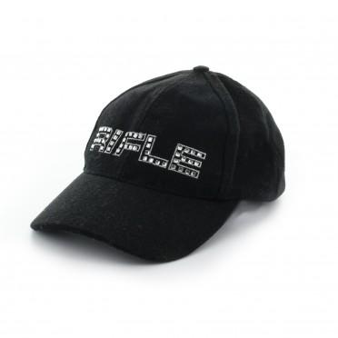 w-cappello nero