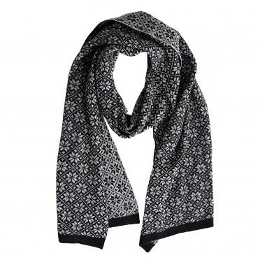w-scarf